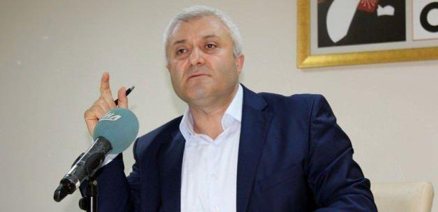 Özkan Cumhuriyet mitingleri için özür diledi