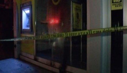 Pendik'te iş yerlerine molotoflu saldırı