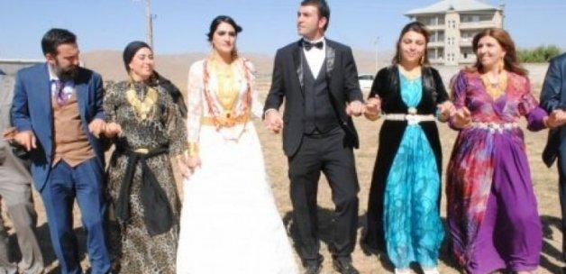 PKK düğünleri de vurdu!