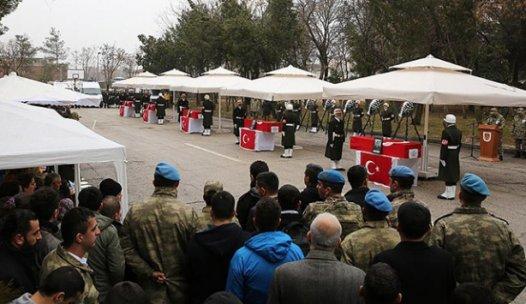 Şehit 5 asker için tören düzenlendi