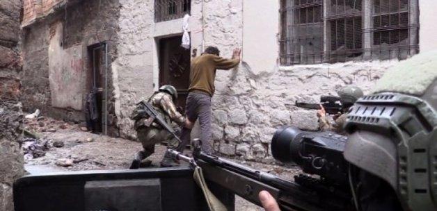 Sur'da şiddetli çatışma!