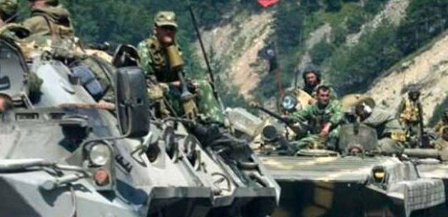 'Suriye'de 700 Rus askeri var'