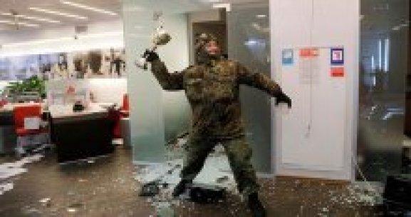 Ukrayna'da Rus bankalarına saldırı