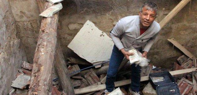 3 ton paranın sergilendiği müze başına yıkıldı