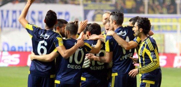 Akhisar Belediyespor 0 Fenerbahçe 3 (Maç özeti)