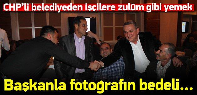 CHP'li başkanla fotoğraf çektirmek 60 lira