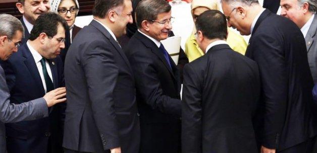 Davutoğlu'ndan Genel Kurul sürprizi