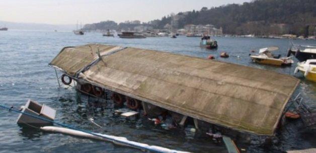 İstanbul'da tekne battı!