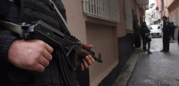 İzmir'de terör operasyonu: 4 gözaltı