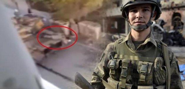 Kahraman askere ödülü Erdoğan verecek