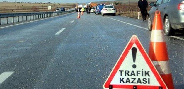 Sivas'ta trafik kazası, 14 yaralı