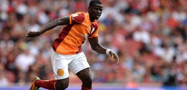 Sunderland Eboue ile anlaştı