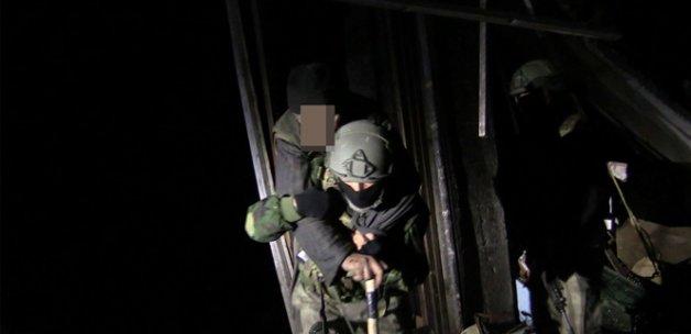 Sur'dan 18 kişi daha tahliye edildi