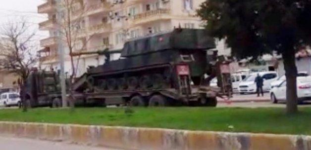 Tanklar peş peşe gitti!