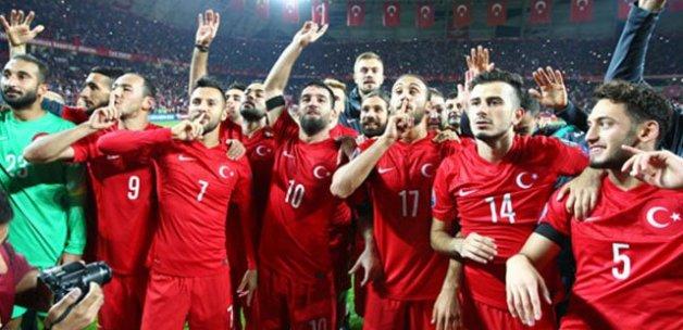 Türkiye - İsveç maçının biletleri tükendi