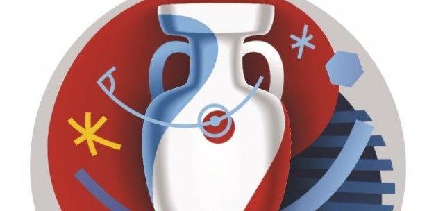 UEFA Başkan Yardımcısı, 'İptal yok maçlar seyircisiz olabilir'