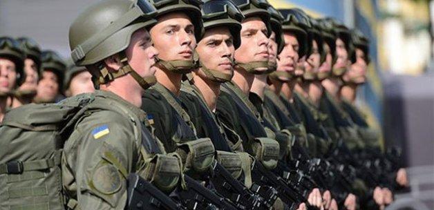 Ukrayna ordusunu Türkiye giydirecek