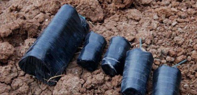 Van'da operasyon, 15 patlayıcı ele geçirildi