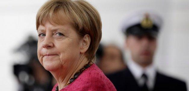 Almanya çok daha fazla ülke ve kurumu dinlemiş