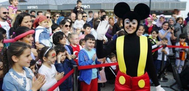Dünyaca ünlü Crazy Bubble Show Viaport Marina'da