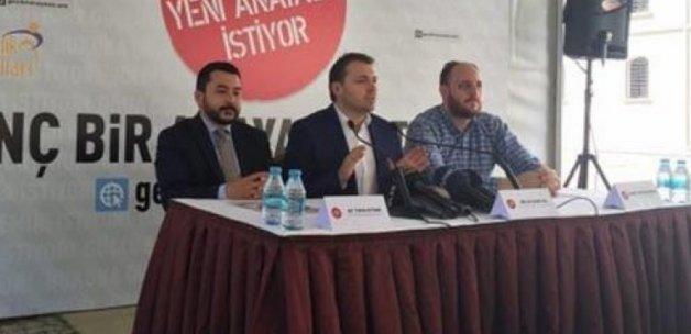 'Gençlik Yeni Anayasa İstiyor'