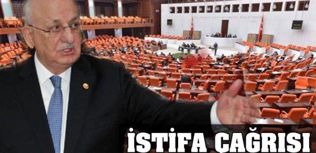 Meclis Başkanı Kahraman'a istifa çağrısı
