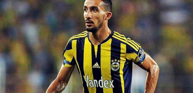 Mehmet Topal yeni takımıyla el sıkıştı!