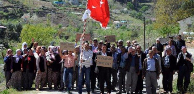 Mersin'de 'evlenmek istiyoruz' eylemi!