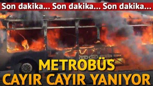 Topkapı durağında metrobüs yangını!