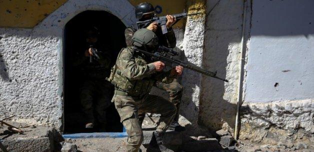 Tunceli'de Turuncu listedeki PKK'lı öldürüldü