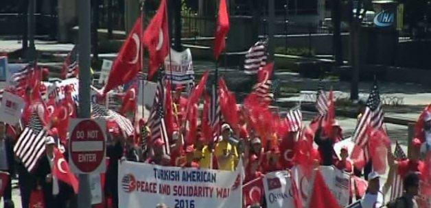 Washington'da Türk yürüyüşü
