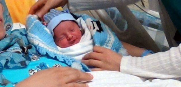 152 bin Suriyeli bebek Türkiye'de doğdu