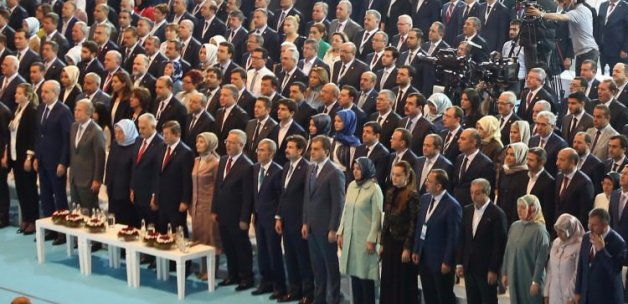 AK Parti MKYK'sında çarpıcı fark: İki katına çıktı