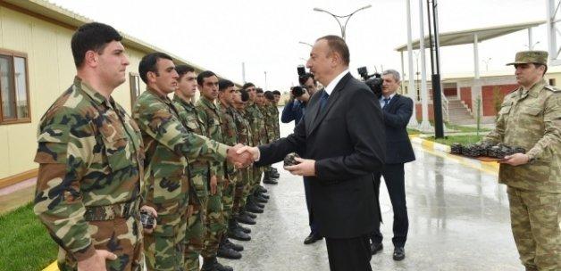 Aliyev cepheye indi!