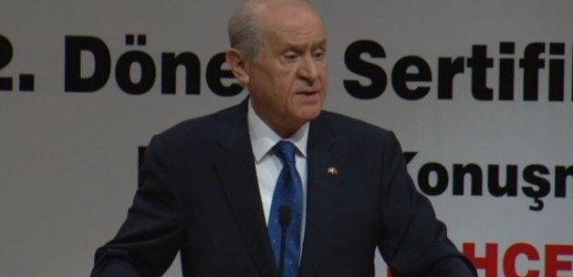 Bahçeli'den 'Davutoğlu' açıklaması