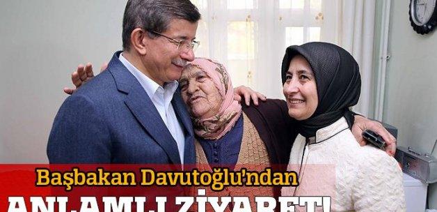 Başbakan Davutoğlu'ndan huzurevine Anneler Günü ziyareti