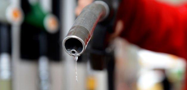 Benzine 5 kuruş daha zam yapıldı