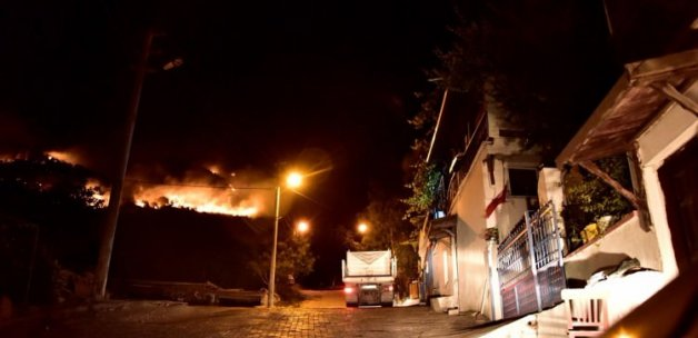 Bodrum'da korkutan yangın! Kısa sürede büyüdü!