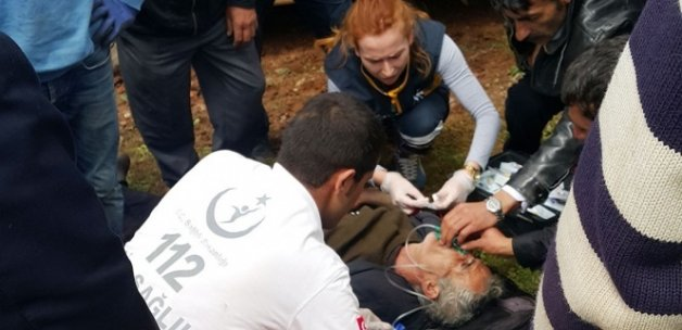 Çatak'ta koyunlarını otlatan adama yıldırım çarptı