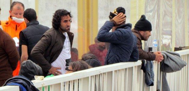 Çeşme'de 52 sığınmacı yakalandı