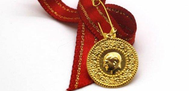 Çeyrek altın 200 lirayı gördü