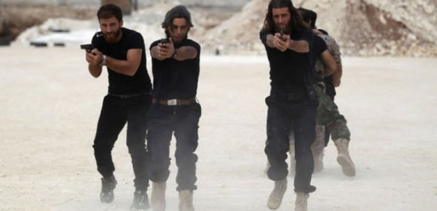Esad'a karşı gövde gösterisi