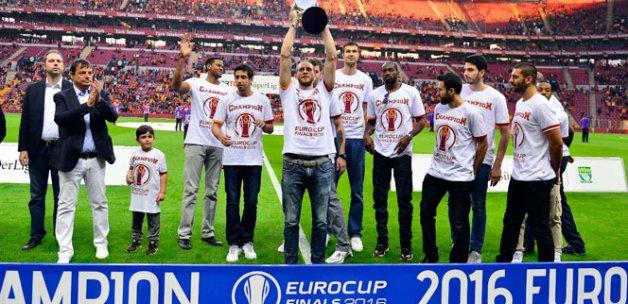 Galatasaray basketbol takımı Arena'da