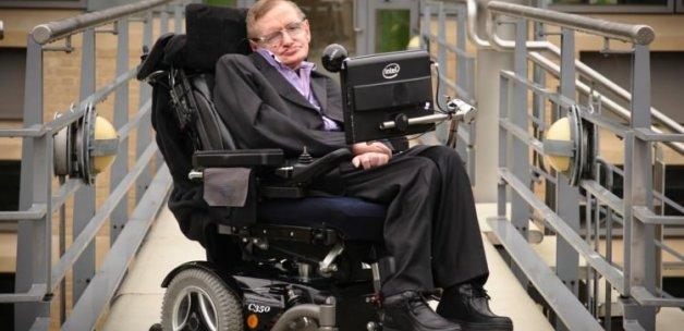 Hawking: Evreni çözdüm onu çözemedim