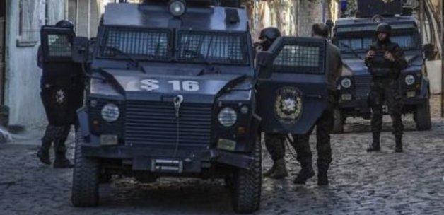 Jandarma karakoluna PKK'dan taciz ateşi