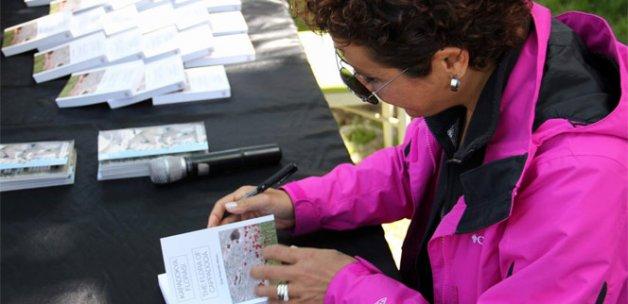 'Kapadokya Florası' kitabının ikinci baskısı imza günüyle tanıtıldı