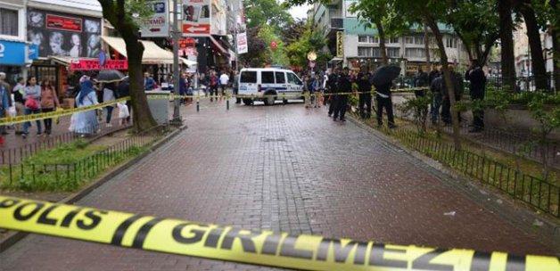 Kendini vurdu, vatandaşlar kamera şakası sandı