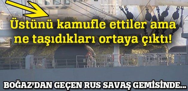 Rus gemisi güvertesinde tankla İstanbul Boğazı'ndan geçti