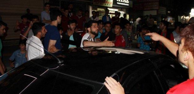 Şampiyonluğu kutlayan Beşiktaşlılara saldırı!