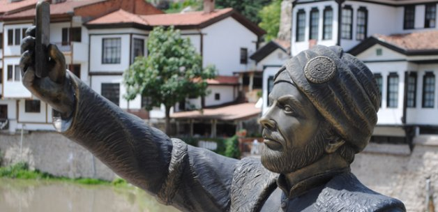 Selfieci Şehzade'nin Amasya turizmine katkısı